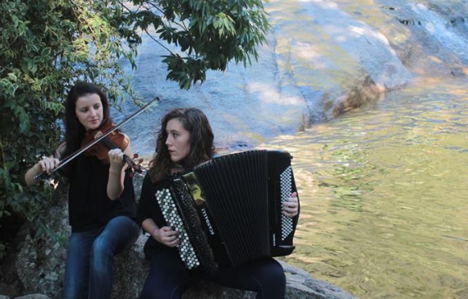 """""""Dúo Fírveda"""" – Marina Hermida Rodríguez (violín)  y Nerea Rodríguez Núñez (acordeón)"""