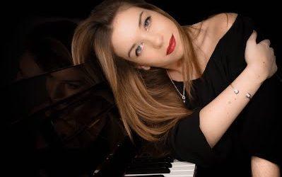 Gema Arias Varela (piano)