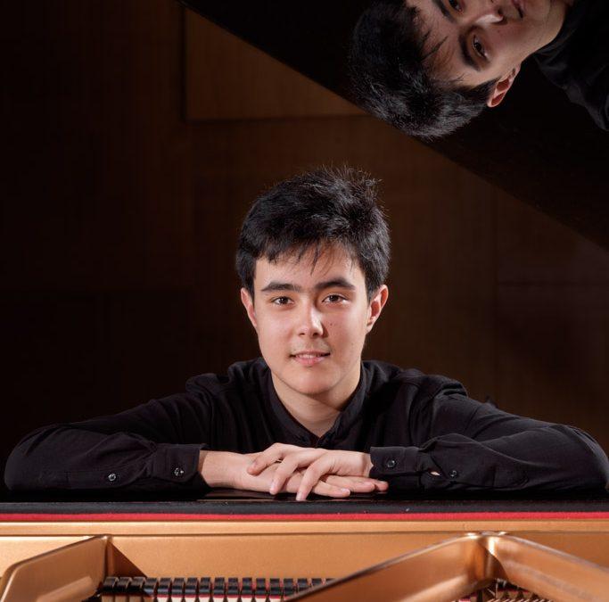 Carlos Julián Fernández Bollo (piano)