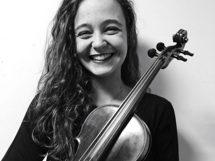 Lourdes Olbés Corujo (violín) Pianista acompañante Alina Pociute