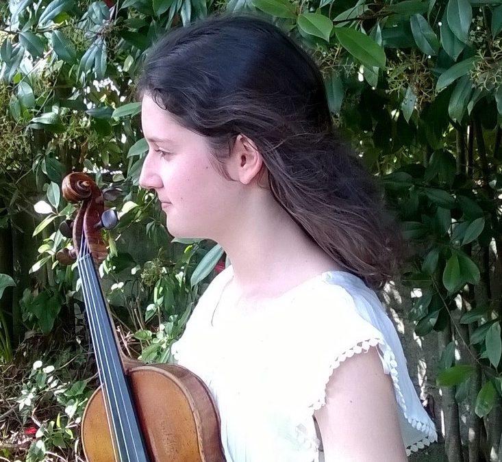 Laura Morales Rejas (violín) Pianista acompañante Patricia Rejas