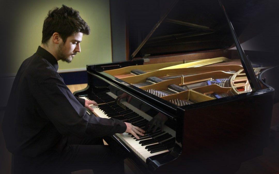 Lucas López López (piano)