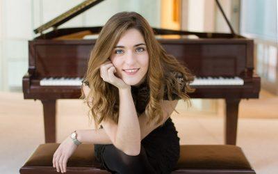 Ana María Senn Lozoya (Piano)